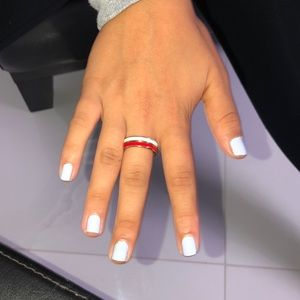 Red and white rings
